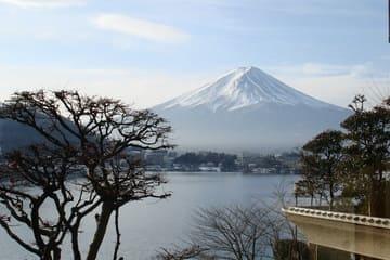 Une vue sur le mont Fuji depuis un appartement