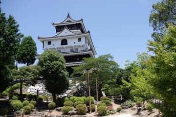 Le petit château de Iwakuni en haut de la montagne
