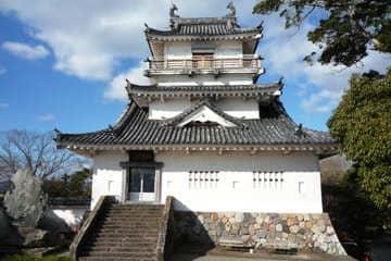 Le petit château blanc de Kitsuki au Kyushu