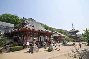 Un des nombreux temples de Onomichi