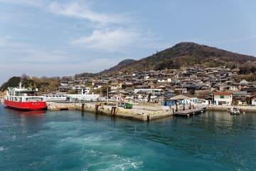 Une bourgade sur l'île de Ogijima