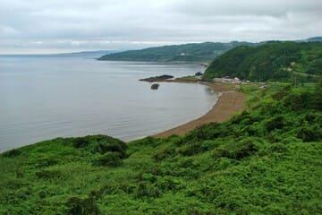 Photo du rivage de l'île Sado