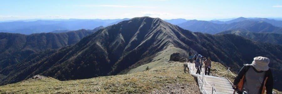 Panorama du haut de la montagne Tsurugi